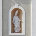 Rzeźba w elewacji frontowej